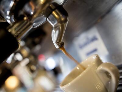 Kaffee trinken im Gasthaus Nestroy
